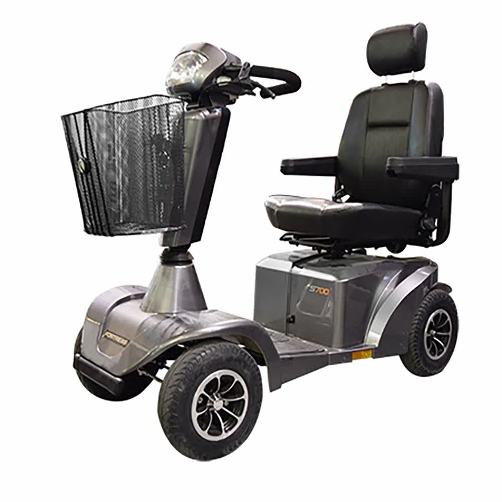 Fortress S700 Motor Scooter